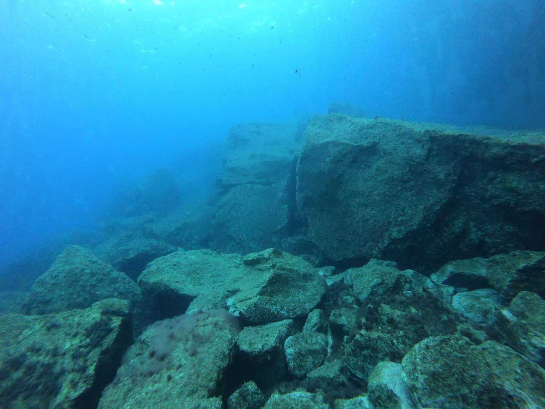 Gallery-Azure-Boulders-Gozo-Diving